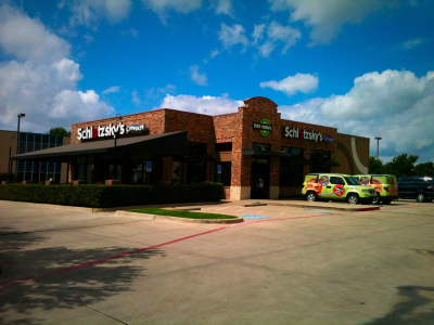 Schlotzsky's at 8235 N Stemmons Frwy in Dallas, TX wins 2015 Top Buns Highest Franchise Sales Award